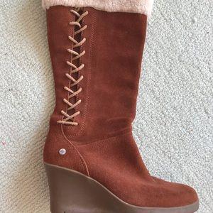 Ugg wedge boots 9